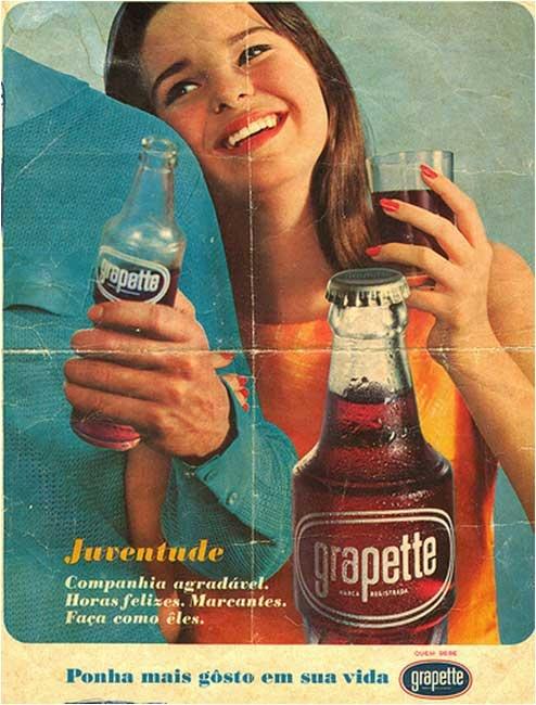 Propaganda do Refrigerante Grapette apresentado em 1956.