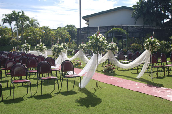 Jardines para bodas for Carpas para jardin