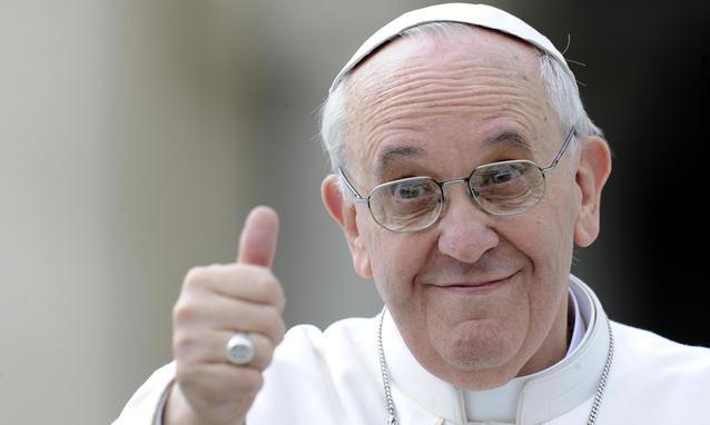 """Cinque anni con papa Francesco. Ratzinger condanna """"lo stolto pregiudizio"""" contro Bergoglio"""