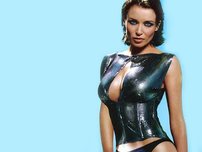 Australian Fashion Designer Dannii Minogue Wallpaper