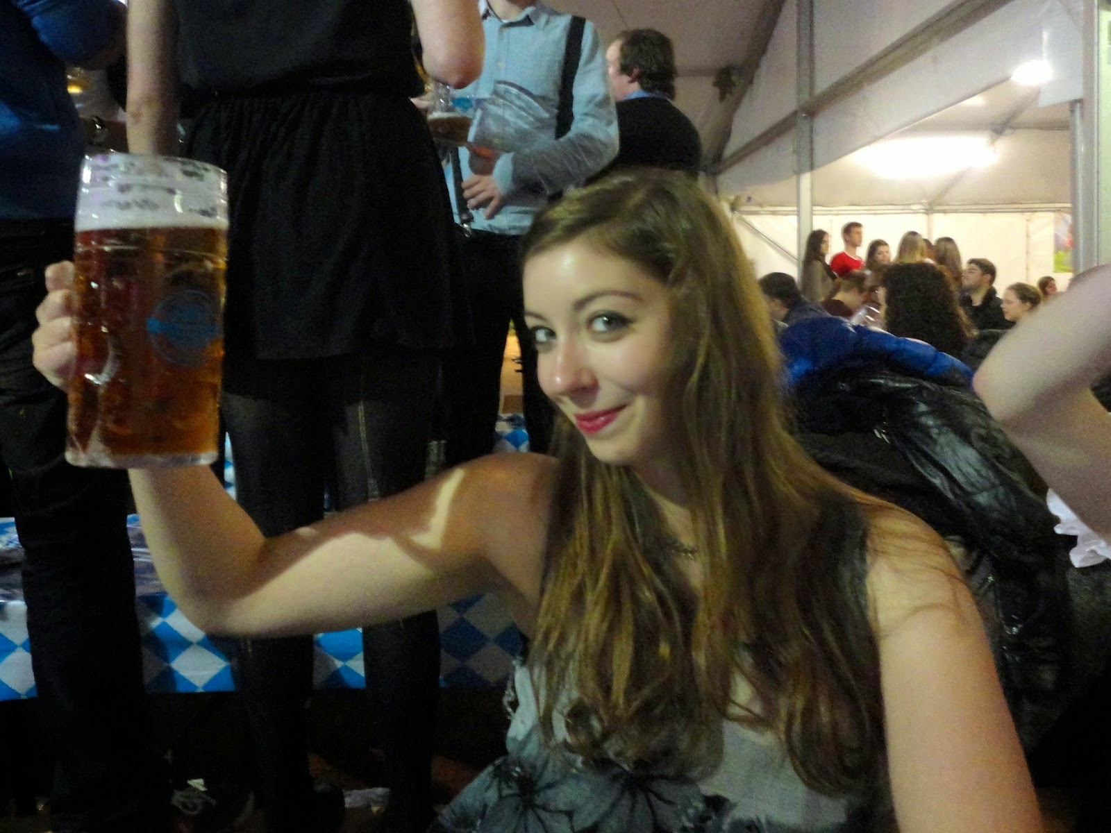edinburgh oktoberfest 2pt beer stein cheers