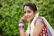 Actress Sony looking Gorgeous in Saree-thumbnail-15