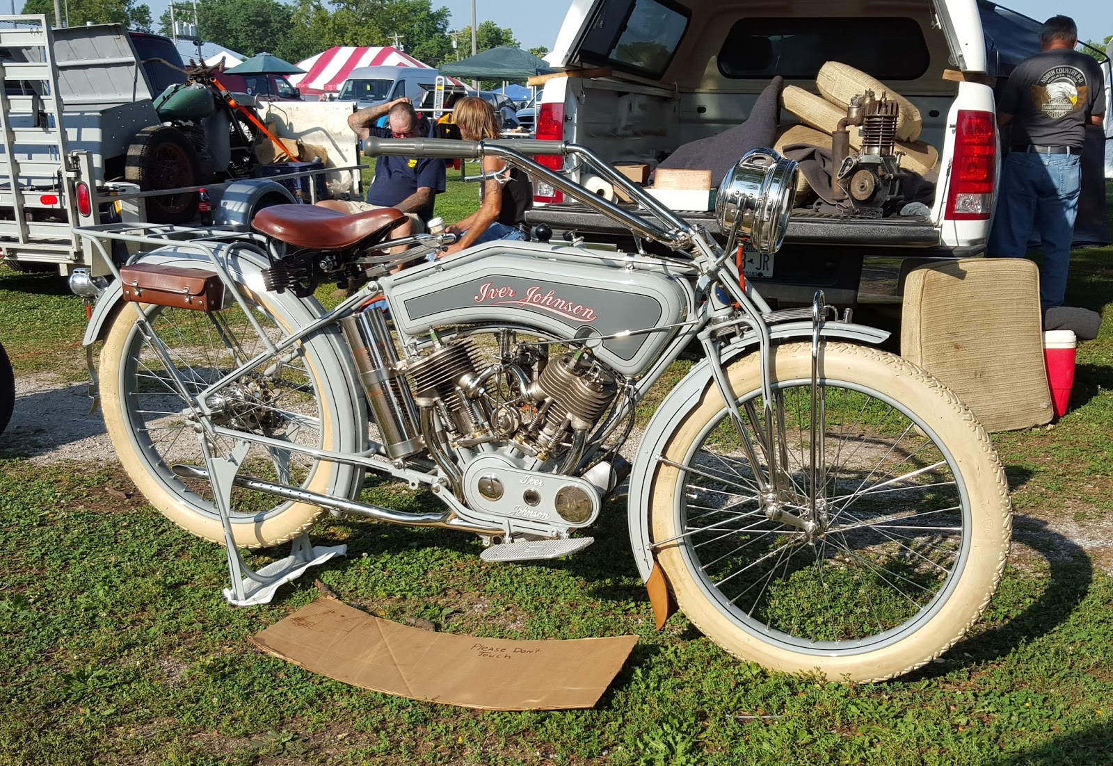 Fast Is Fast 2015 Davenport Antique Motorcycle Swap