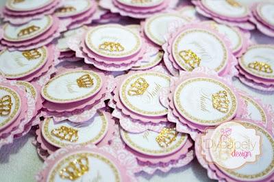 festa de princesa, personalizados de princesa, caixinha personalizada, caixinha de vestido, toppers de princesa, toppers de coroa