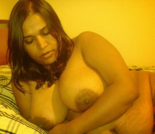Pyasi hasina hot sex