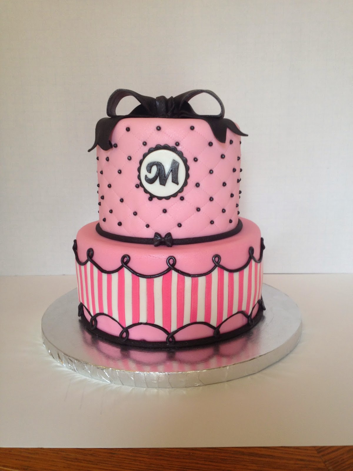 i heart cakes: Pink stripes & quilted cake