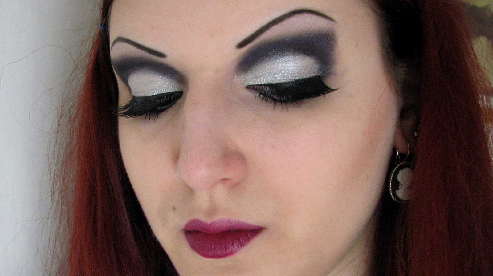 Lena Lednicka New Yearu0026#39;s Eve Party Makeup [TUTORIAL]