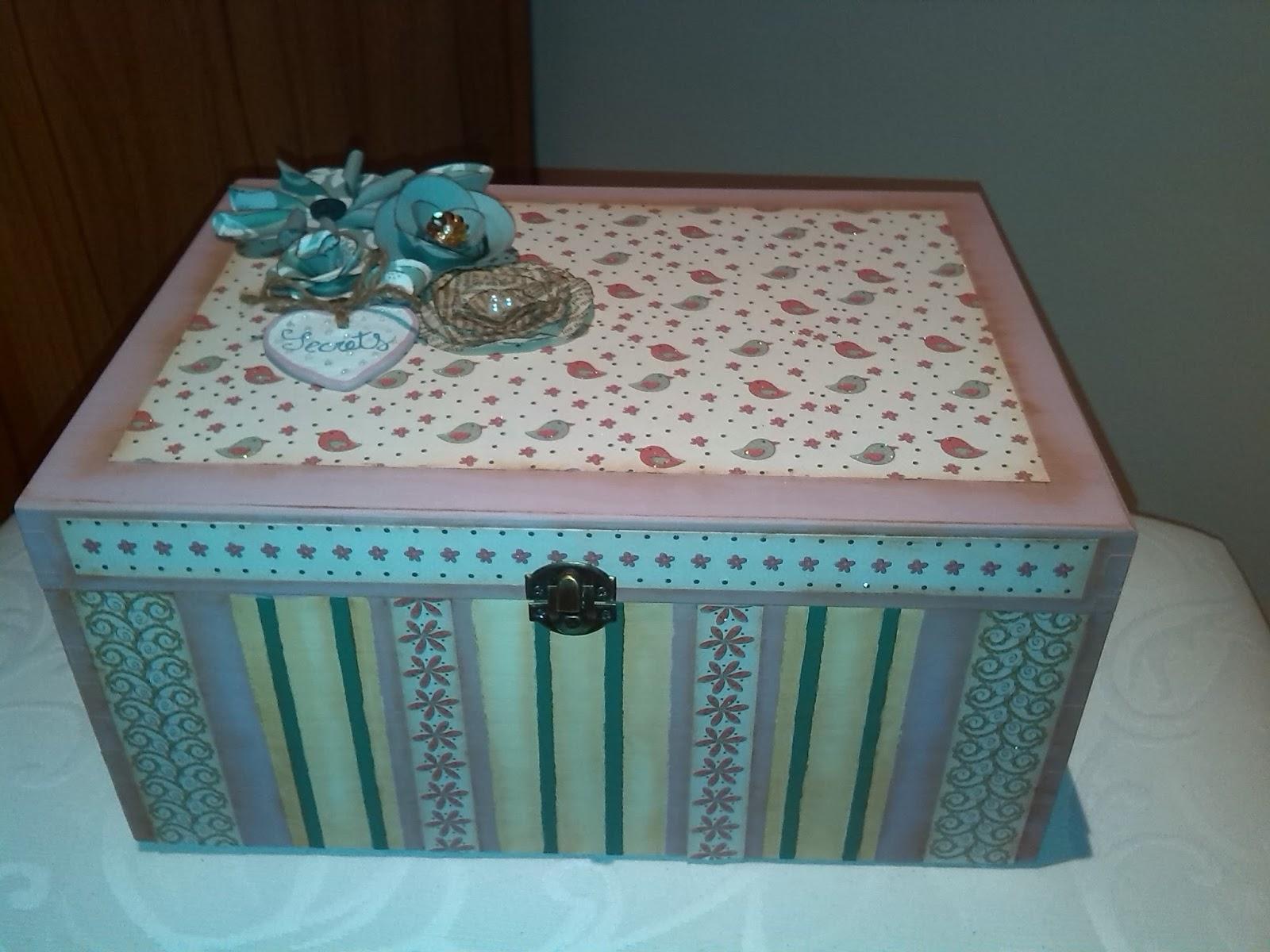 Rosantiguo caja de madera decorada con pintura y scrap - Cajas de mader ...