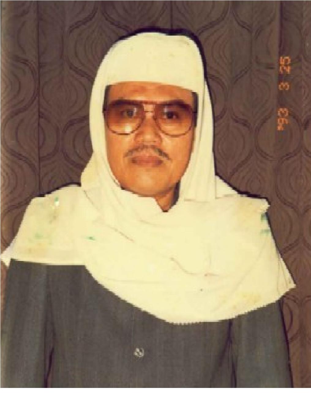 Drs. KH Ahmad Rifa'i Arief