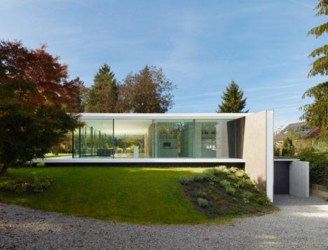 casas minimalistas y modernas casa moderna prototipo en alemania. Black Bedroom Furniture Sets. Home Design Ideas