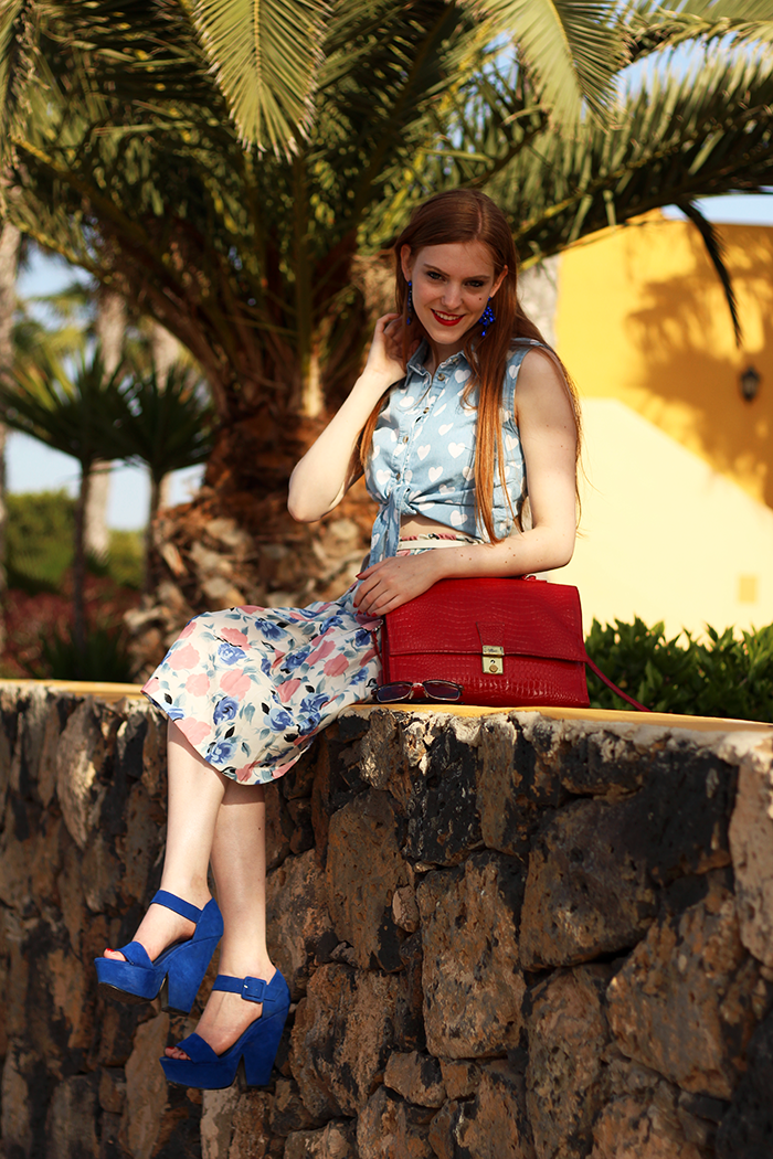 Canary Islands Holiday Summer Outfit Fashion Blogger Vintage Retro Red Hair Lips Pale Skin Pinup