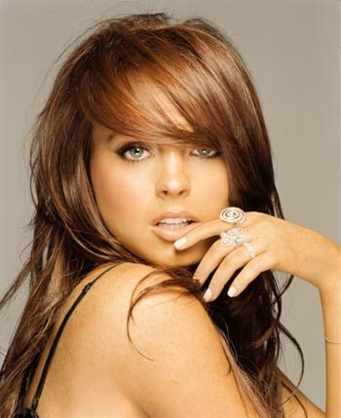 The Awesome Short Brown Hairstyles For Round Face Photograph