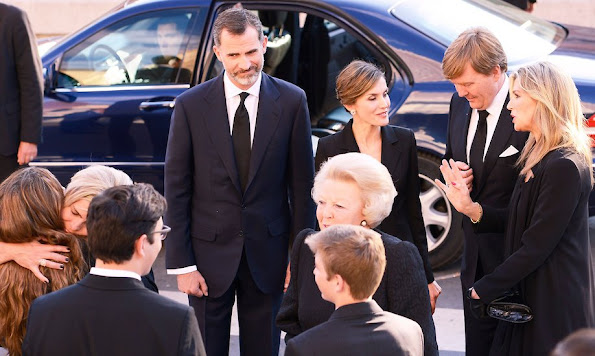 King Felipe VI of Spain and Queen Letizia of Spain, King Willem-Alexander and Queen Maxima, King Juan Carlos and Queen Sofia, Princess Beatrix, Princess Laurentien, King Simeon Borisov Sakskoburggotski and Margarita Gomez-Acebo, Miriam Ungria and Sons