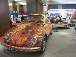 Ada VW Kodok Berbaju Batik di Pameran Otomotif Medan 2015