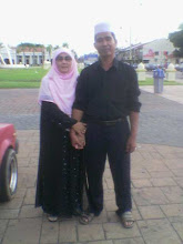 my lovely mak and abah~~