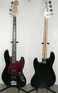 Бас-гітара Fender Jazz Bass