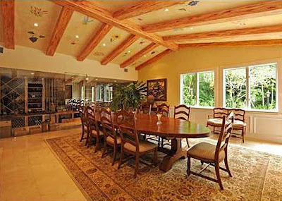 Bill-Gates-Dining-Room