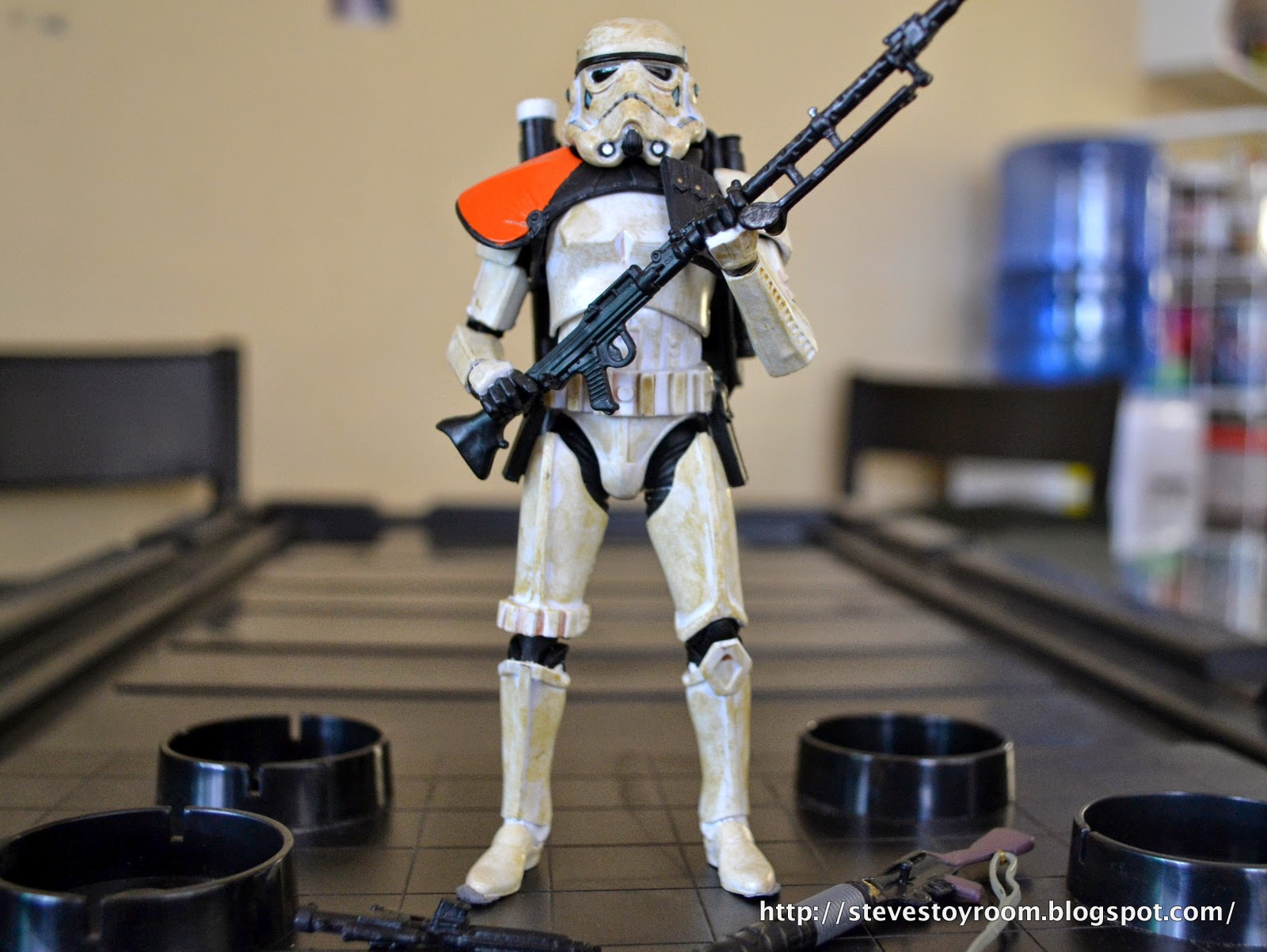 "6"" Sandtrooper Black Series"