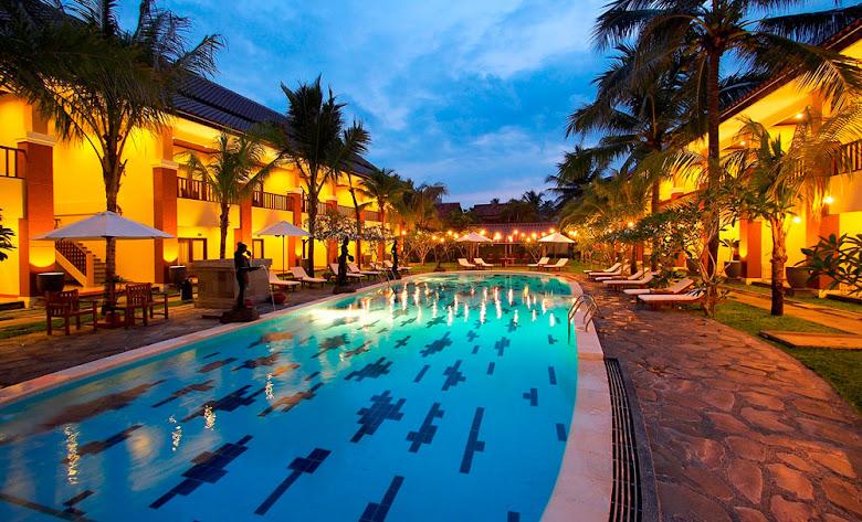 kolam renang arnawa hotel