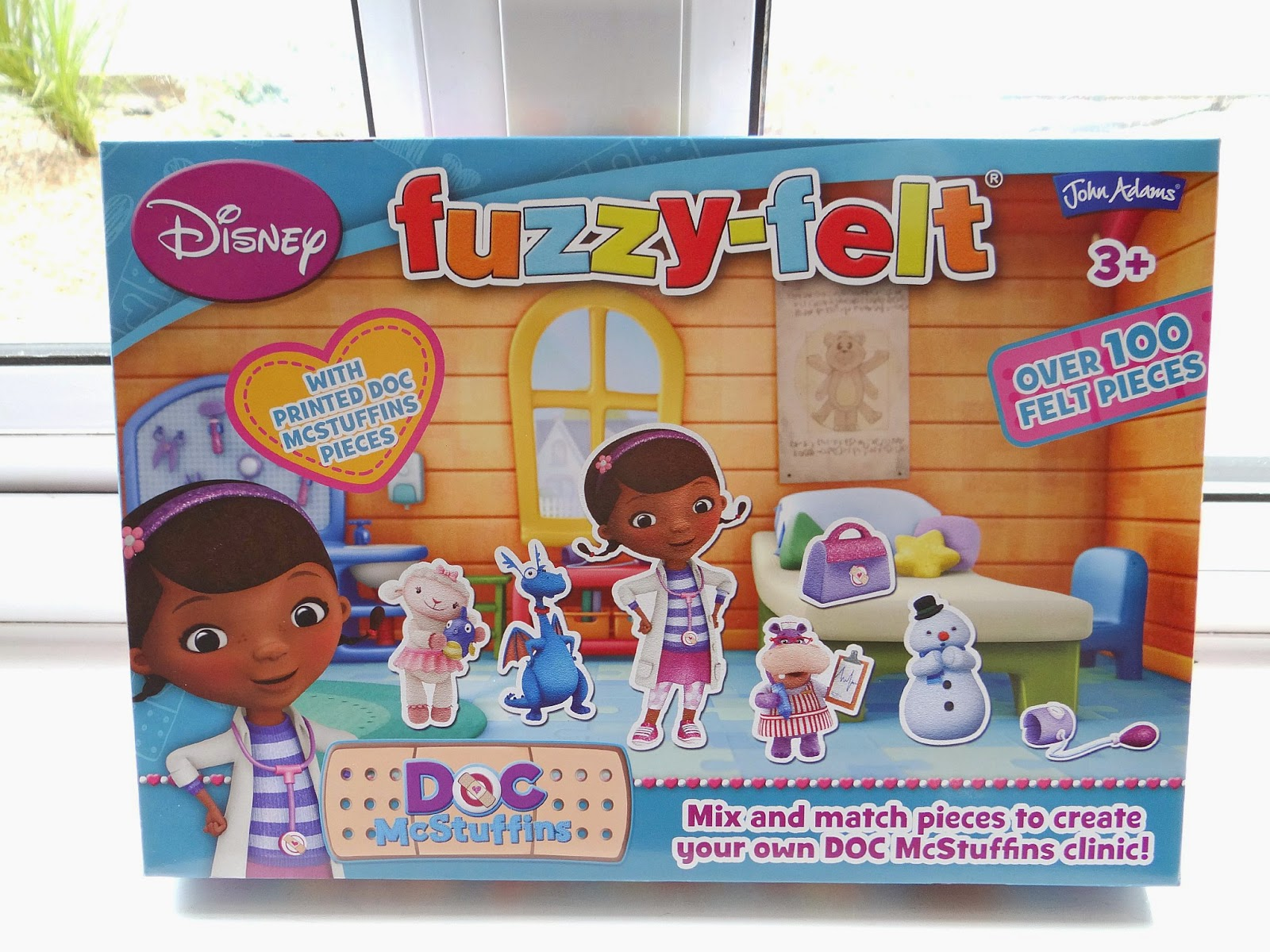 Doc McStuffin Fuzzy-Felt, Disney Doc McStuffin game, doctor role-play game