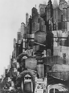 Metropolis 1926 image of New York city dystopian sprawl huge skyscrapers smog