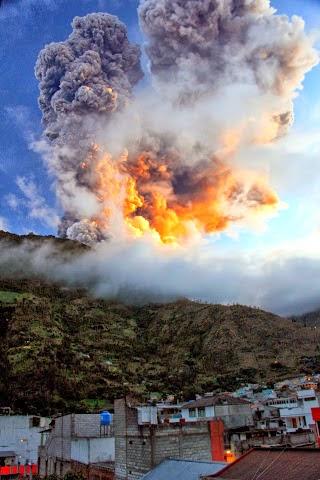 Volcano_Tungurahua_Banos.JPG