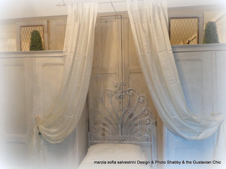 Gustavian Chic : Come Arredare Una Stanza Da Letto D' Ispirazione  #8C6D3F 1500 1125 Come Arredare Stanza Da Pranzo