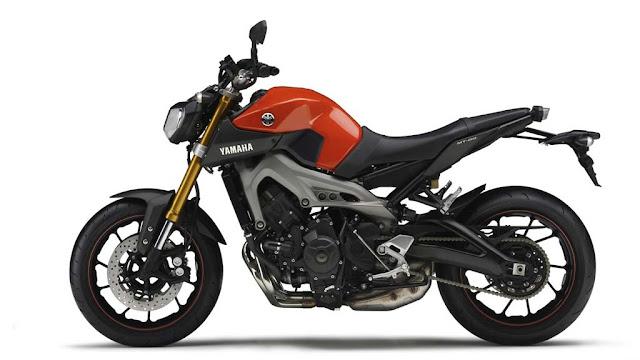 Motocicleta Yamaha MT-09