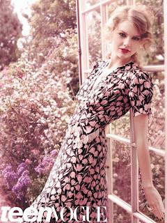 Taylor Swift Seen On www.coolpicturegallery.us