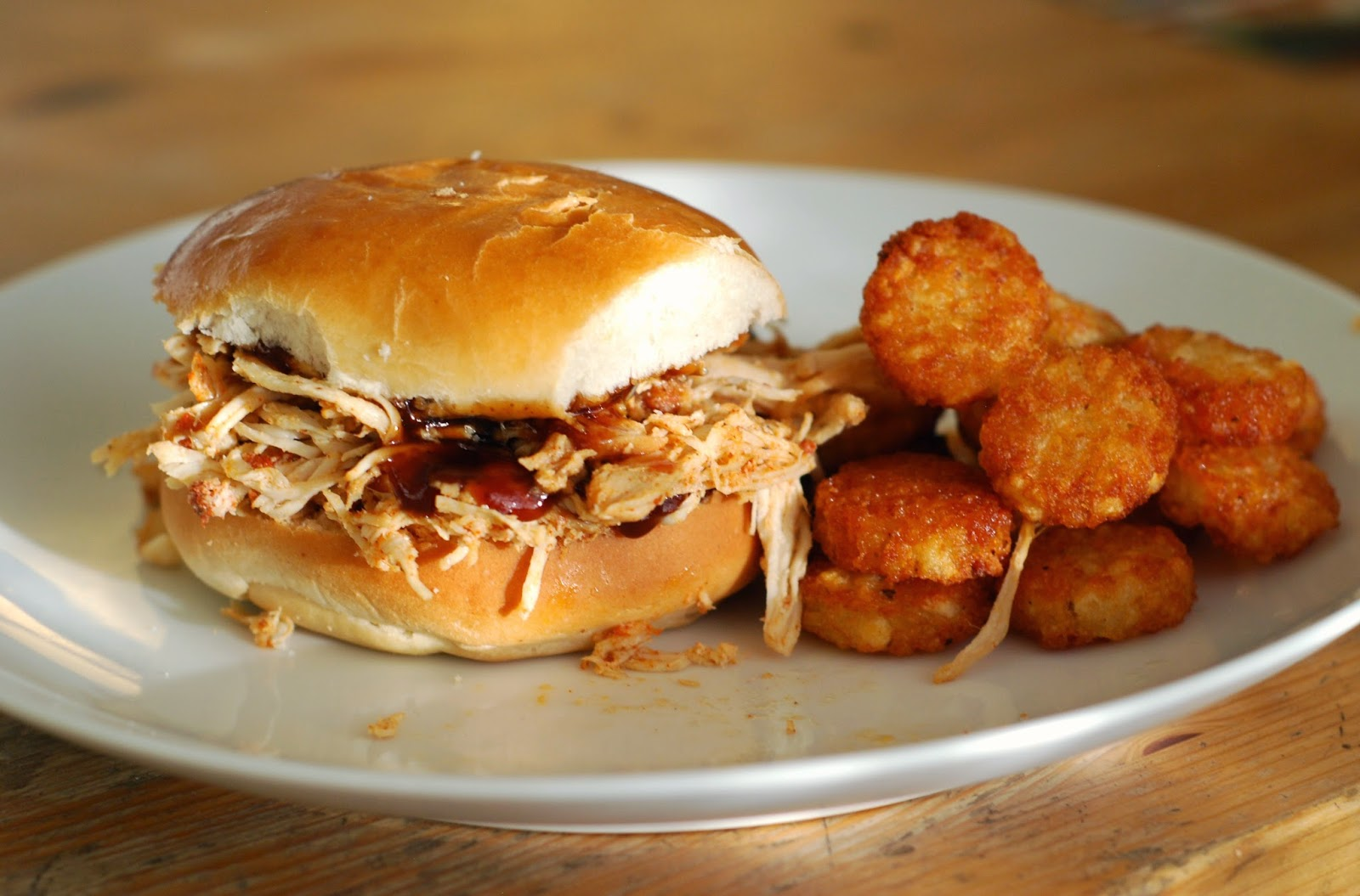 Easy & Delicious BBQ Chicken Sandwich: rayandak.blogspot.com