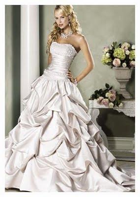 Traum Brautmode Online Shop Gunstige Brautmode Kleidanderung Nach