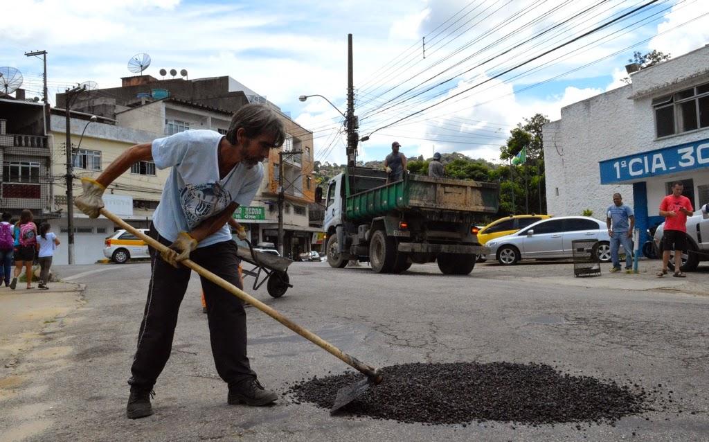 Tapa Buracos Rua Sao Pedro