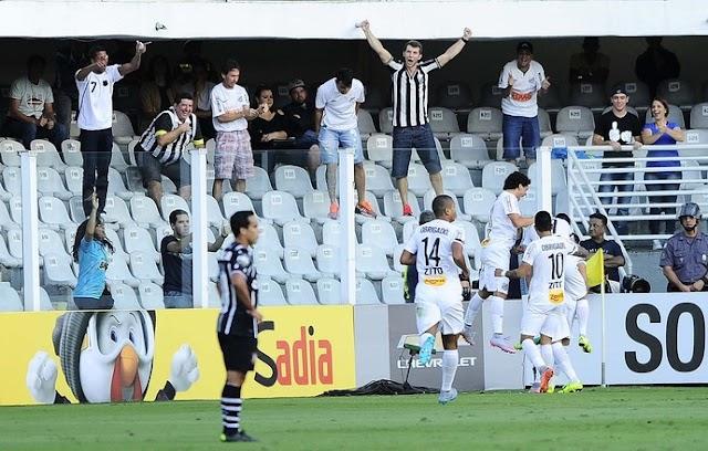 Corinthians não joga bem e vê o Santos sair do Z4