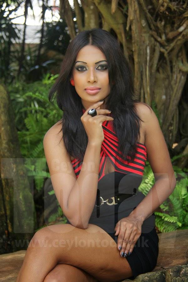 Eshani Diana Jayapala sexy legs kakul