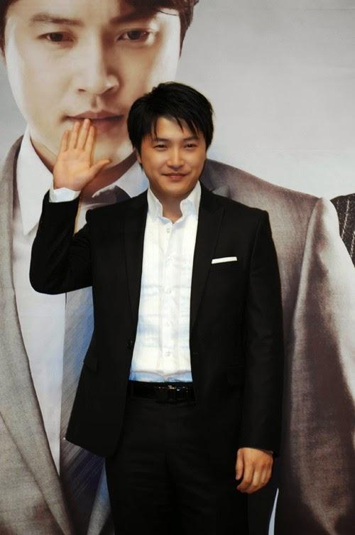 Foto Ahn Jae Mo5