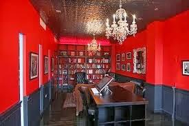 Agentu0027s Office: Dark Green, Red, White, Black/grey