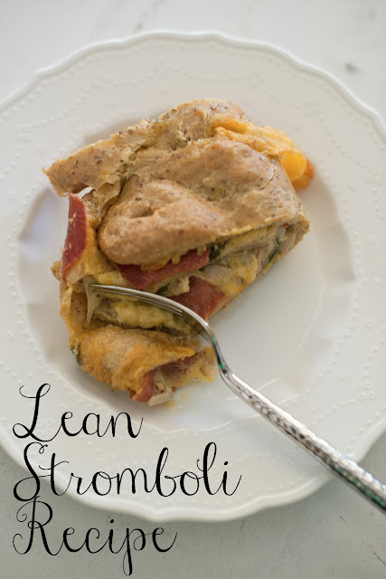 Delicious lean stromboli recipe made with chicken sausage, turkey pepperoni, and spinach! YUM!