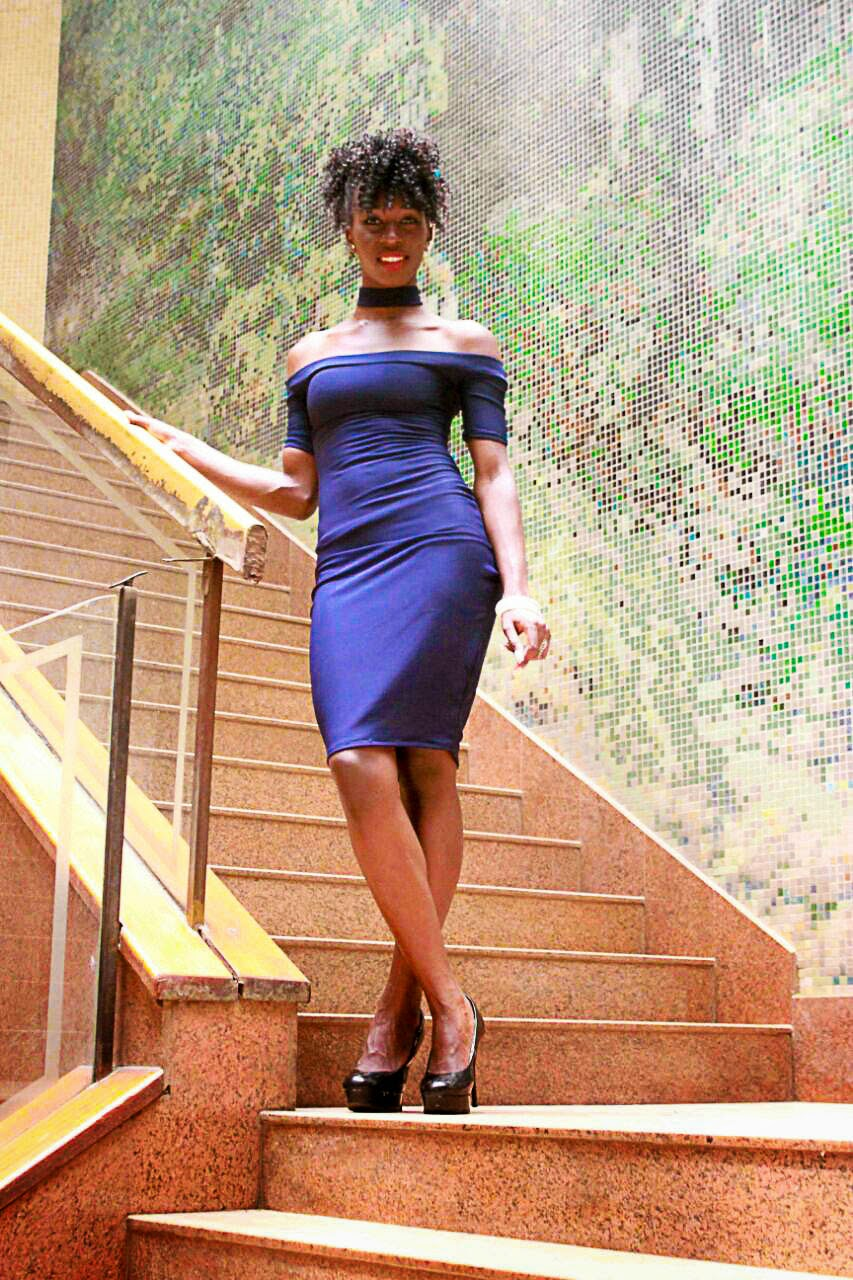 style with ezil, bodycon dress, blue bodycon dress, how to wear a blue dress, classy outfits, elegant outfit, what to wear to lunch, what to wear to a date, dress designs, unique dress designs, stylish dresses, style with ezil, african fashion bloggers, kenyan fashion blogger