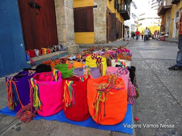 Artesanato colombiano, bolsas de tear.