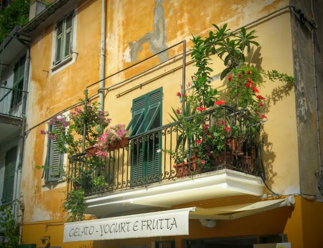 Monterosso - Cinque Terres plattaste by