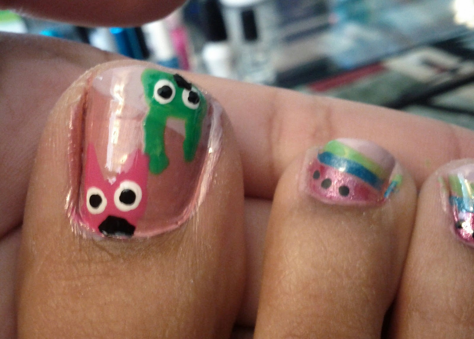 The Cool Pink and black toe nail art designs with glitter Images