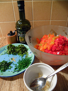 Chopped Tomatoes, Minced Herbs, Minced Garlic, Olive Oil and Pepper