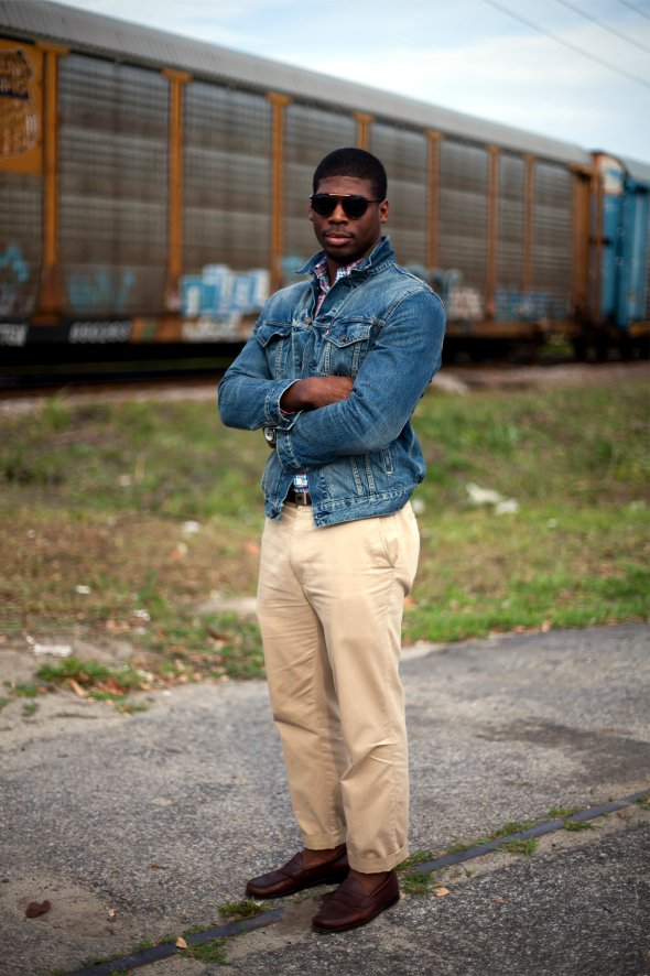 Levi's Jean jacket, Kakikis and loafers, mens fashion near trains.