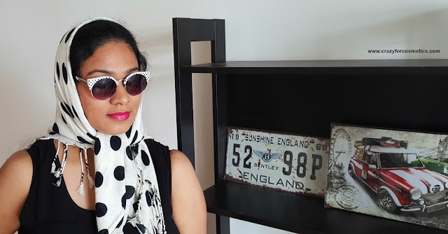 Retro Polka dot sunglasses from Cotton on