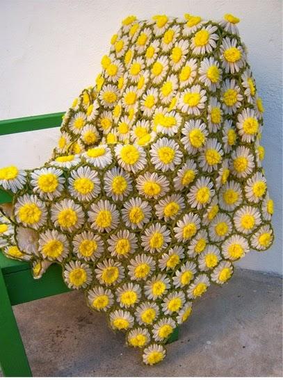 Vintage Daisy Crochet Pattern