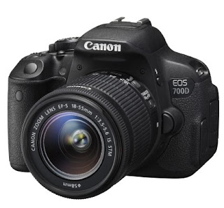 Canon EOS 700D 18MP Digital SLR Camera