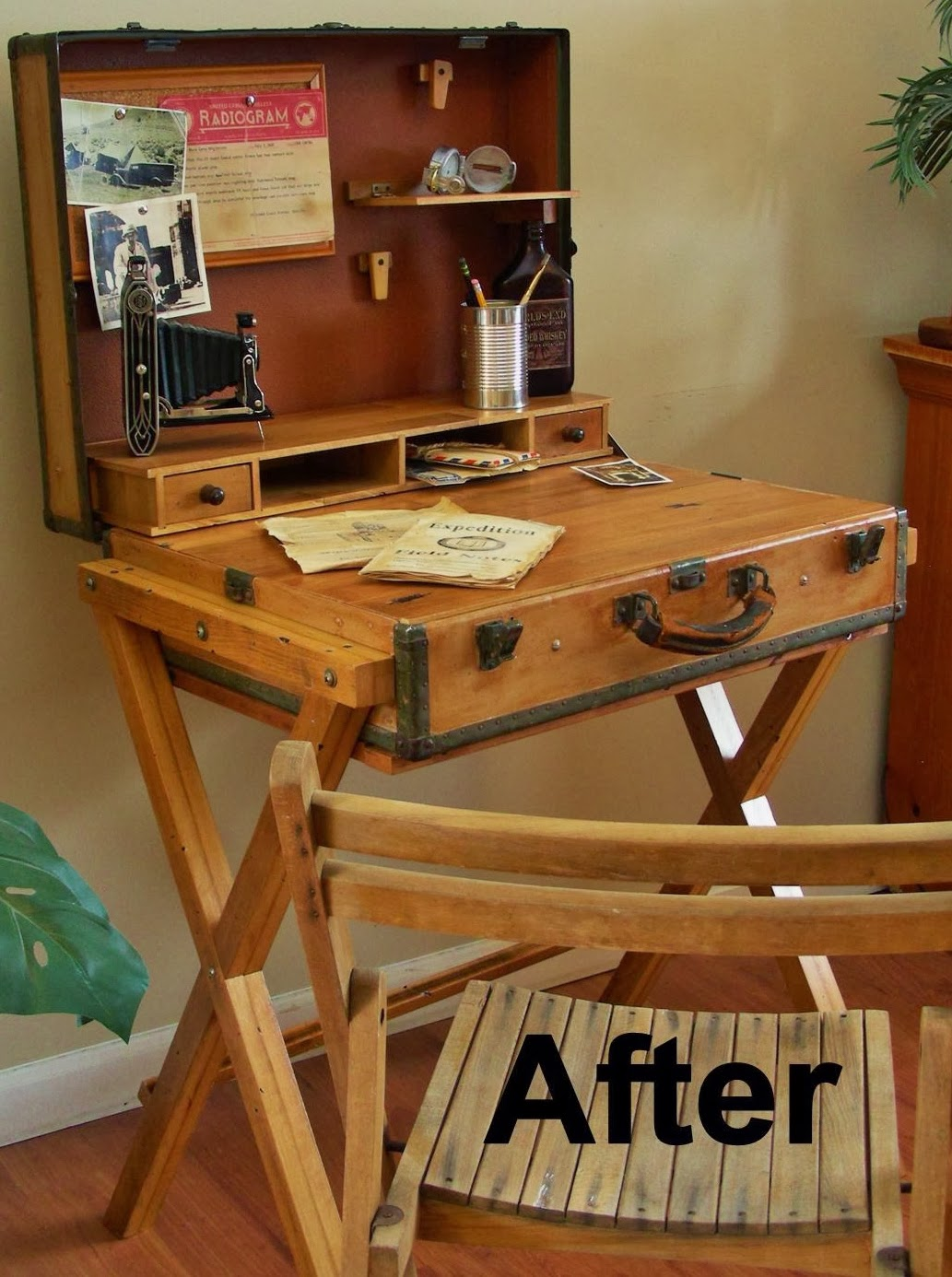 Destinations vintage upcycled repurposed stuff extreme upcycle the suitcase desk - Repurposing old suitcasescreative ideas ...