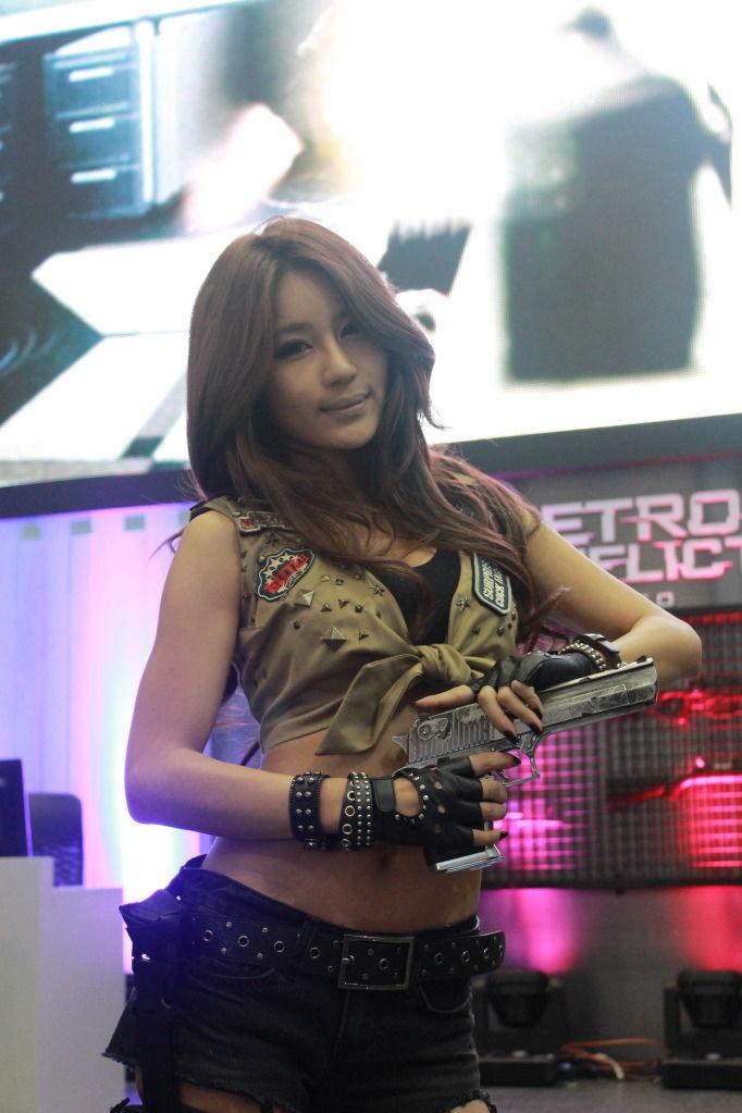 park si hyun sexy gstar 2011 cosplay