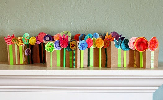 http://www.makeandtakes.com/accordion-folded-spring-flower-collage
