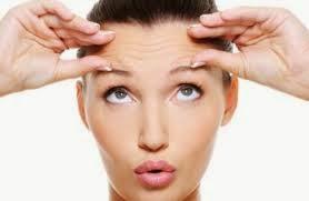 penyebab dan cara mengatasi kulit keriput di usia muda (penuaan dini)